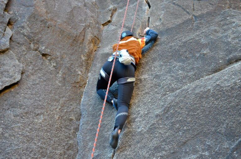 about-sarah-howard-rock-climber